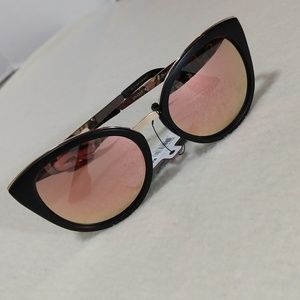 Copper Lense Black & Rose Gold Cat Eye Sunnies